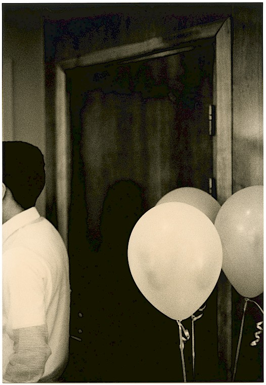 Untitled (Door and balloons, 2020)